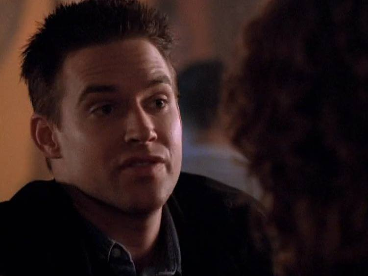 Pretty much at any moment in this episode, Mallory is using his Magic Fingers.